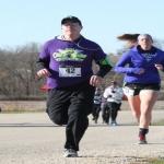 Mile 1 runner 2